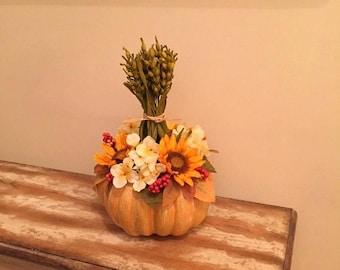 On Sale Thanksgiving Centerpiece Rustic Fall Floral Arrangement Pumpkin Centerpiece Sunflower Fall Centerpiece Autumn Berry Sunflower Floral