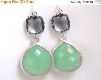 SALE Silver Green Mint Earrings, Light Green, Gray Earrings, Silver, Wedding Jewelry, Bridesmaid Earrings, Bridal Jewelry, Bridesmaid Gifts