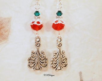 Christmas Tree Earrings, Christmas Beaded Earrings. Christmas Dangle Pierced or Clip-on Earrings, OOAK Handmade Earrings, CKDesignsUS