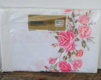Vintage Parisian Rose Stevens Fabrics Double Bed Flat Sheet