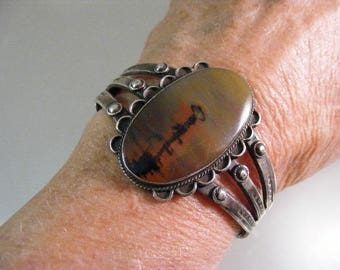 Antique Native American Fred Harvey Era Petrified Wood Cuff  Bracelet.... Lot 5427