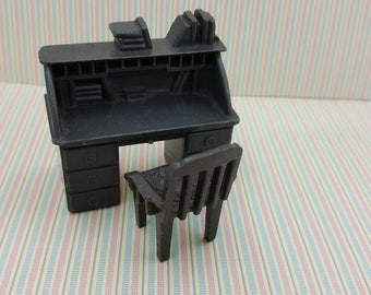 Marx Western Playset Miniature Office desk and chairToy Dollhouse Traditional Style hard Plastic  Half inch scale