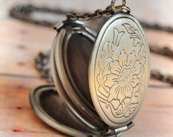 Silver Locket Necklace SHIPS TOMORROW Graduation Gift Jewelry Silver Jewelry Gift Antique Locket Jewelry Graduation Jewelry