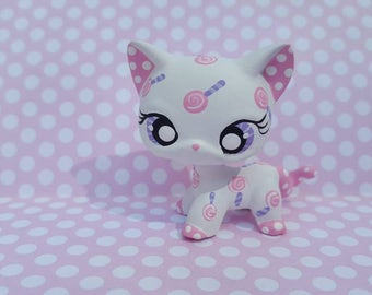 Sugar Pop Short Hair Cat OOAK Custom Littlest Pet Shop Repaint