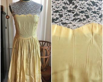 50's Pastel Yellow Prom Dress