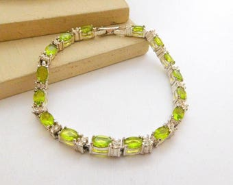 Vintage Avon Simulated Green Peridot August Birthstone Tennis Bracelet I39