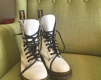 Spanish autentic white patent leather combat military old school with lace Dr.Termans boots