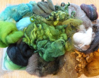 Hope Jacare - Mixed wool pack- custom blended top -  140g hand dyed top and fleece  - MWP12
