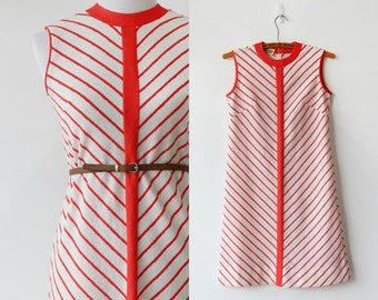 Mod Chevron Shift Dress Poly Knit 1960s 1970 Scooter Dress Size S M