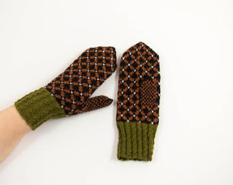 Hand Knitted Mittens, Latvian Mittens,Nordic Mittens - Black, Brown and Green, Size Small