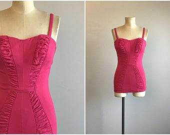 Vintage 50s Bathing Suit / 1950s Sea Nymph Fuchsia Pink Stretch Swim Suit with Ruching / Ruched Gathered Swimsuit
