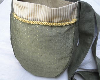 Renaissance Tapestry Bag, Medieval Purse, Cross Body Large, Deep Pockets - Olive Green Diamond w/ Gold Trim