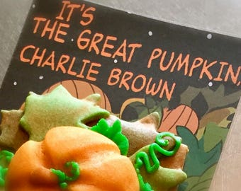 Charlie Brown inspired Party Favors; It's the Great Pumpkin Cookies for Halloween Parties, Kids Birthday Parties - 6 Pumpkin Spice Cookies