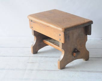 Vintage/Antique Wood Stool Step Stool Foot Stool Bathroom Stool Kitchen Stool S1