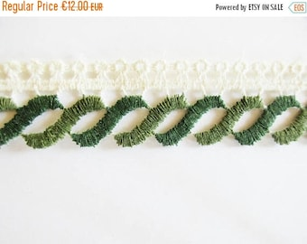 SUMMER SALE - German Vintage White and Green Rustic Fabric Border Trim Ornamental Trimmings for Lampshades Curtains, Supply