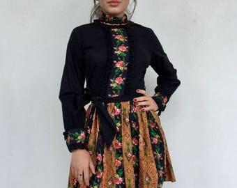 Adorable 70s cotton floral high neck long sleeve mini dress
