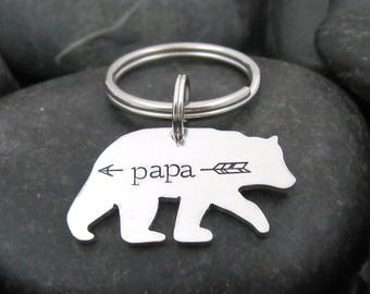 Daddy Keychain - Papa Bear - Father's Day - New Dad - Gift for Dad - Arrow - Stamped