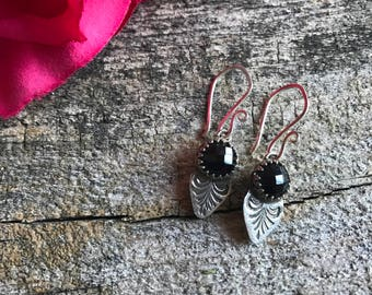 Victorian Drop Earrings - Onyx