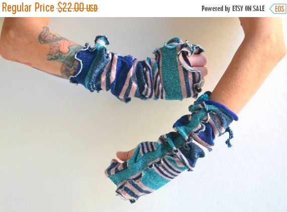 ON SALE Upcycled Fingerless Arm Warmers - Fingerless Arm Warmers - Vintage Inspired