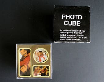 Vintage Photo Cube Clear Plastic Acrylic Picture Frame Box NOS