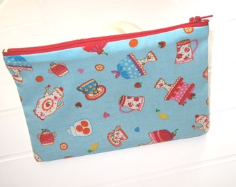 Pouch Makeup organizer or Cosmetic case