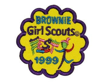 Girl Scouts Brownie 1999 Patch Cookies Sash Badge Embroidered Sew On Applique