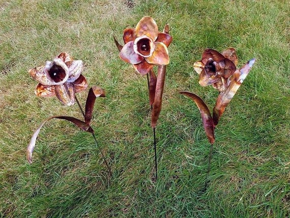 Daffodil, recycled copper and stainless, outdoor garden sculpture, made to order
