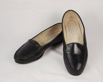 LORD and TAYLOR Black Italian Leather Loafers Size 6-1/2 B 6-1/2 M 6.5 B 6.5 M