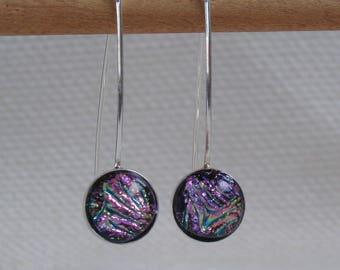 Earrings in silver Sterling and Dichroic pink-green, long hooks