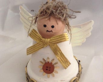 Clay pot Angel