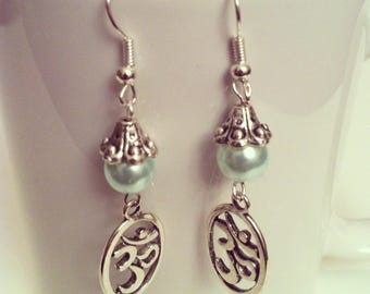 Ohm pastel turquoise beads earrings