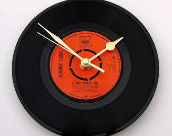 "Johnny Cash Vinyl Record CLOCK ""A Boy Named Sue"" 7"" single Unique gift for Country Music fans dad grandad uncle brother in law black orange"