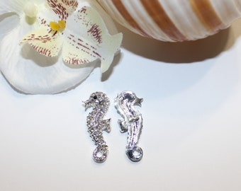 2 Pc Crystal Silver Rhinestones Seahorse Buttons DIY Craft Fashion Shank Back Buttons Wedding Invitations Wholesale Rhinestone Embellishment