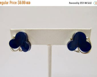 ON SALE Vintage Blue Plastic Clover Design Earrings Item K # 1128