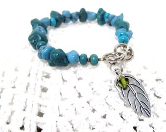 Free Shipping, Blues Bracelet, turquoise, size 7, T bar closure, Blue green, nuggets, feather charm, olive green crystal charm