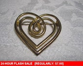 Goldtone heart brooch for wear or craft