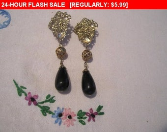 Dangle bead clip earrings, vintage, retro, wear or craft