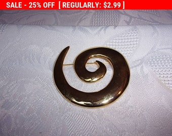 Vintage gold tone pin brooch, lapel pin, blazer pin, coat pin, vintage brooch