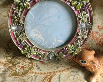 Pretty Jeweled Round Table Picture Frame/Wall Decor