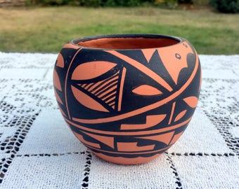 Jemez Pueblo Pottery/Signed Waquiu Pot/ SW Native Pottery/Hand Coiled Seed Bowl/American Indian Pot/US Southwest Art/3.25 tall x 4 Jemez Pot