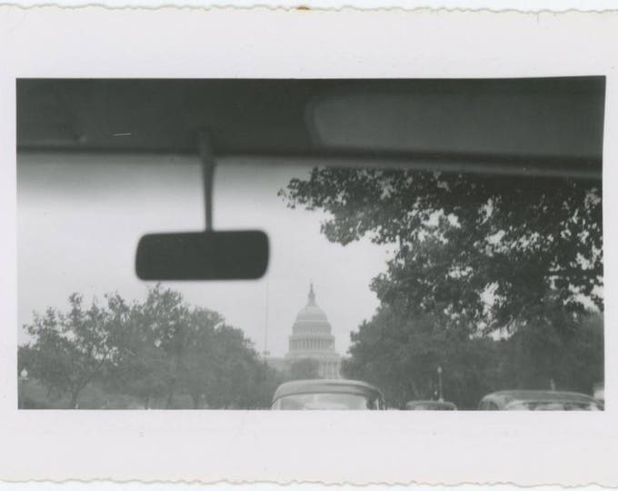 Vintage Snapshot Photo: Windshield View of Capitol, D.C. c1940s-50s (79605)