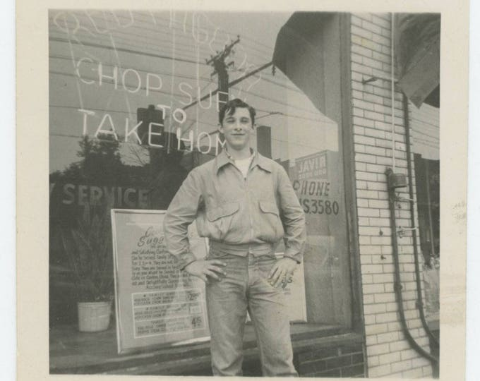 "Vintage Snapshot Photo: ""Ed"" Red Pagoda Chop Suey, 1952 (79606)"
