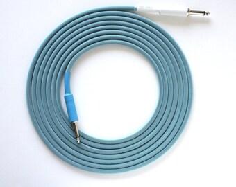12 ft. Mogami 2524 Inst. Cable, Silent Tip, Aqua TFlex