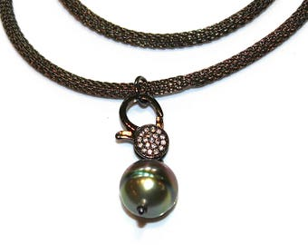 As Seen at GBK's PreOscars Luxury Celebrity Lounge Tahitian Pearl Necklace Green Pearl Baroque Pearl Choker Mesh Necklace Pave Lock Necklace