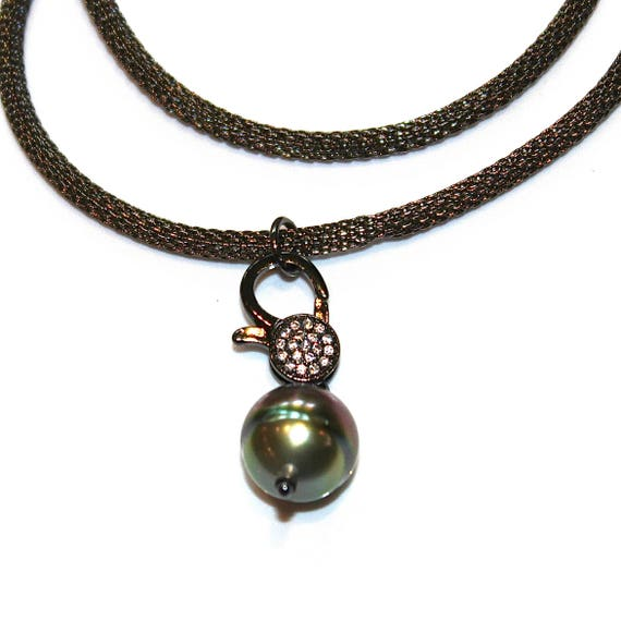 Tahitian Pearl Lock Necklace with Gunmetal Mesh