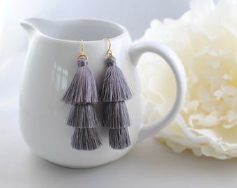 The Jenna Earrings - Grey