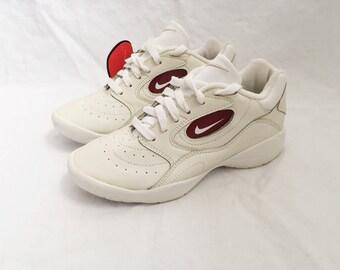 vintage nike squad cheerleader shoes womens size 5.5 deadstock NIB 1997