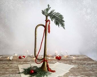 Vintage Brass Horn, Christmas Brass Horn, Brass Horn with Red Tassels, Brass Christmas Horn
