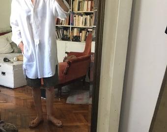 White Linen long shirt tunic mandarin collar / mao/ peasant safari shirt / large/ oversized asymmetric
