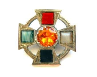 Vintage WBs  Ward Brothers Scottish Pebble Brooch Pin Sterling Silver & Scottish Agate Circa 1950  Fully Hallmarked